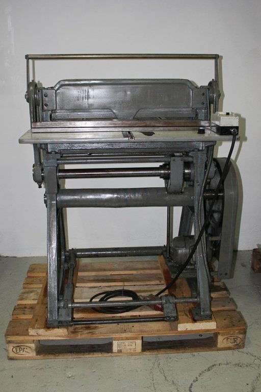 Perforation & Creasing machine