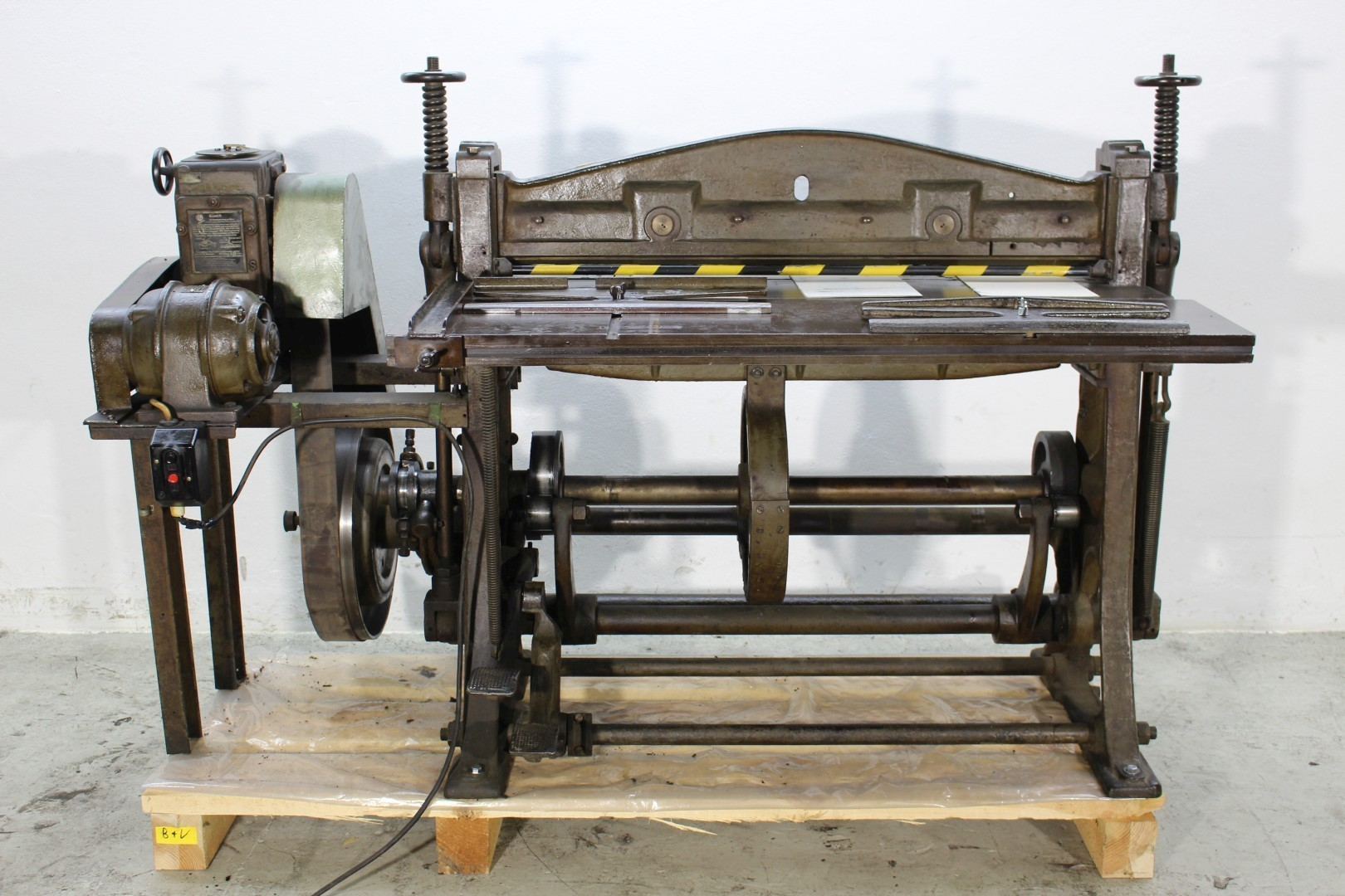 Creasing Machine for Cartons